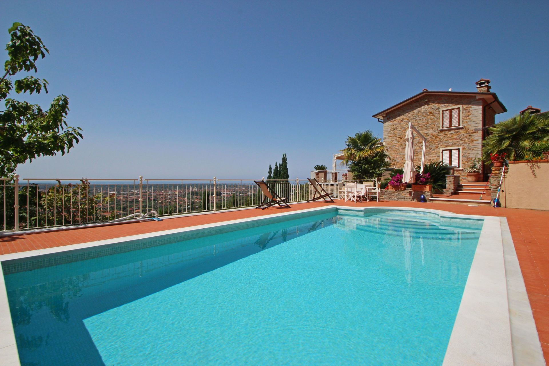 Villa Carla location de vacances - Couchages 9 dans 5 chambres