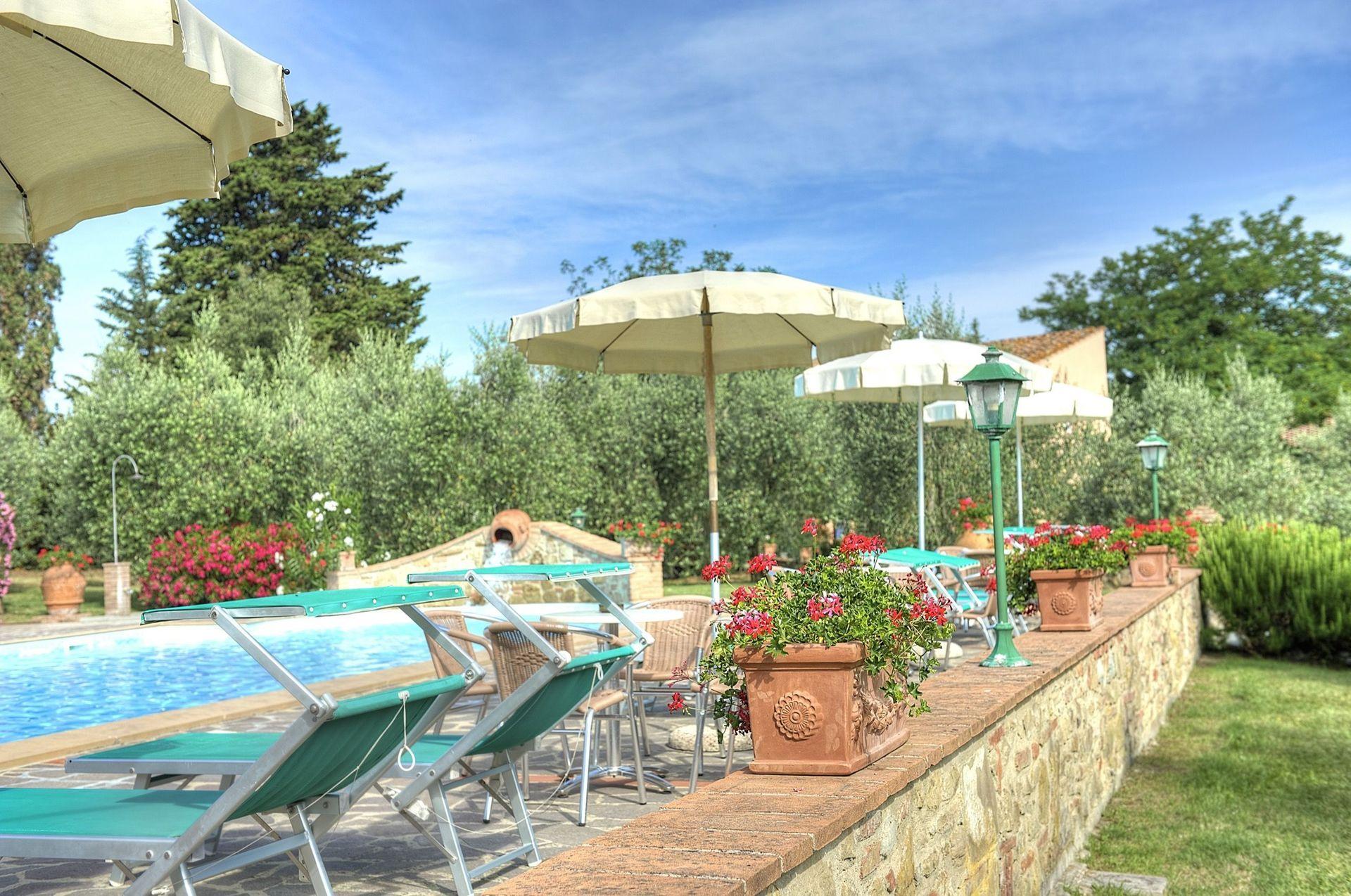 Montelopio location de vacances couchages 42 dans 14 for Piscine 42 exam