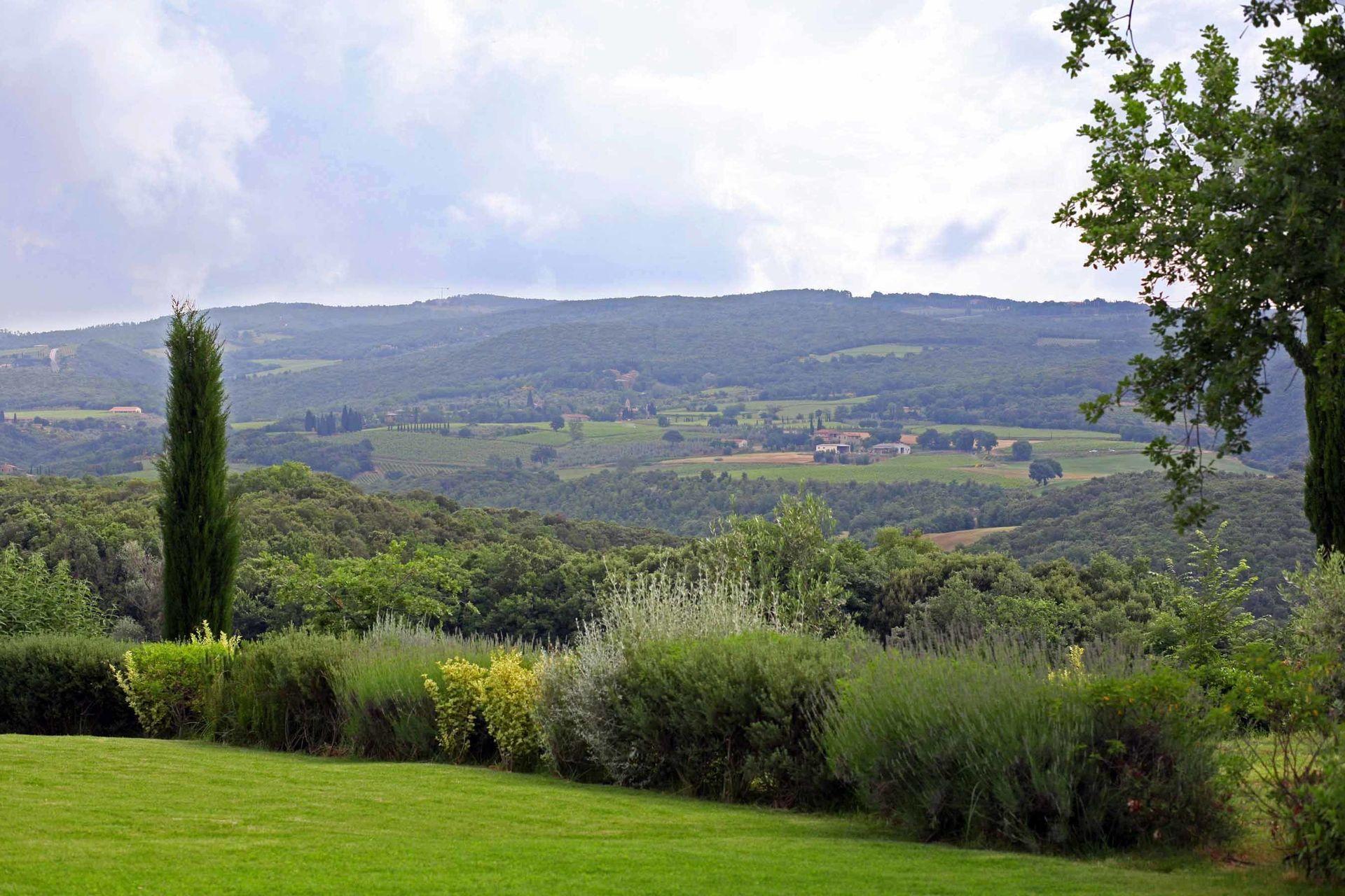 Villa Lorian location de vacances - Couchages 10 dans 5 ...